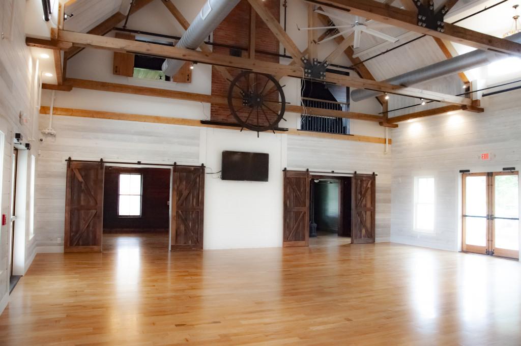 Ballroom-Doors-Open-0955